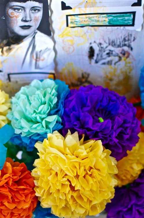 How to make paper flowers for day of the dead hola jalapeohola step by step instructions for making paper flowers for day of the dead mightylinksfo Choice Image