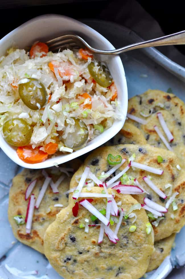 Black bean stuffed masa cakes pupusas with lime curtido hola how to make vegan black bean pupusas right in your own kitchen with step by forumfinder Images
