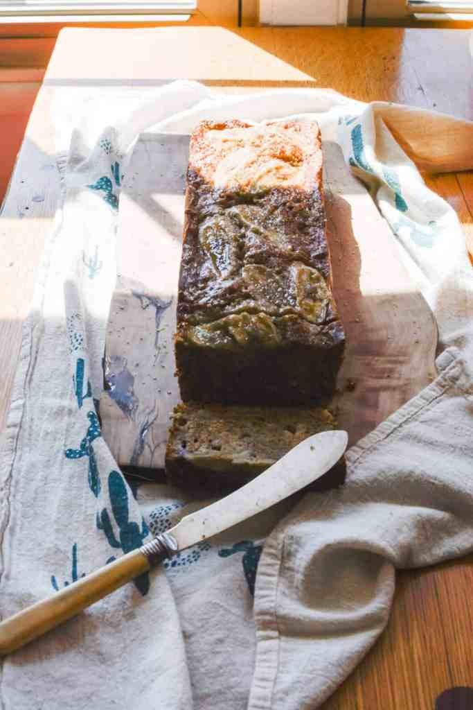 Adding molasses to your banana bread is the best decision you'll ever make. Pin the recipe now and see what I mean! #bananabread #molasses #easybananabread #onebowl