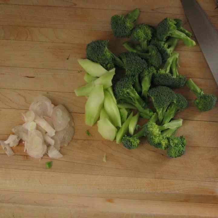 Super Simple Sautéed Broccoli Recipe