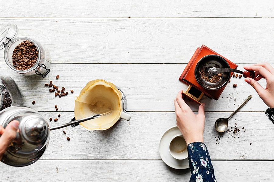 Holar Blog How to Make the Best Cup of Pour over Coffee (It's Easy) - Cover