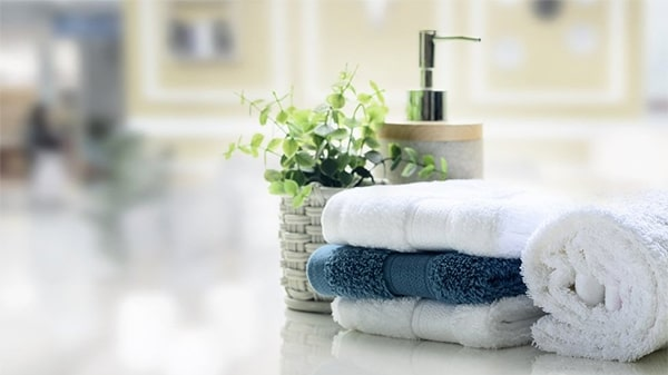 Holar - Blog - 9 Good Kitchen Habits for Better Cooking - towels in kitchen
