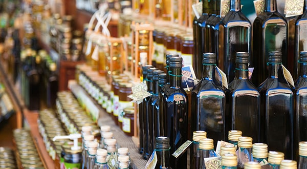 Holar - Blog - Fake Olive Oil vs. Original Olive Oil - 5 Things You Should Know - 1