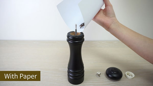 Holar how to fill pepper grinder with paper