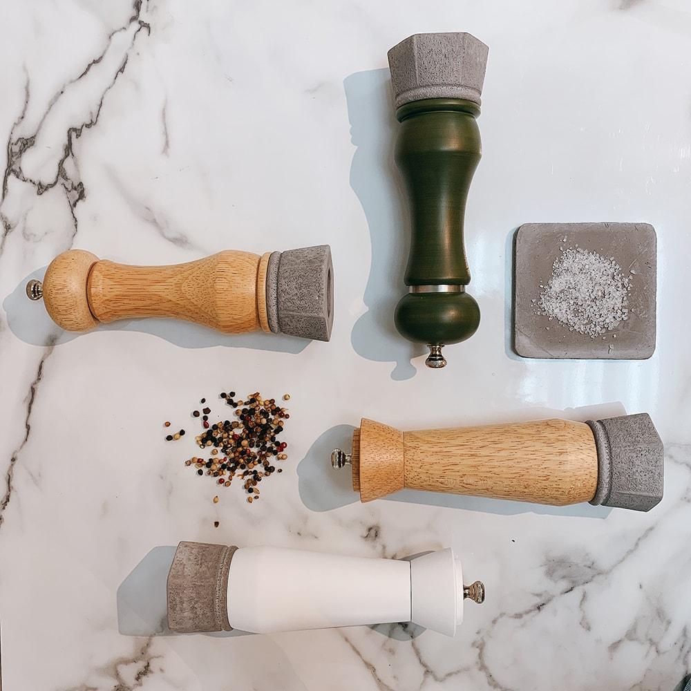 Holar wood and concrete salt pepper mill-4