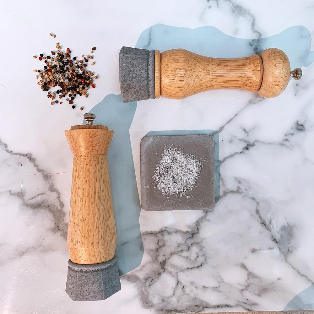 Holar wood and concrete salt pepper mill-6