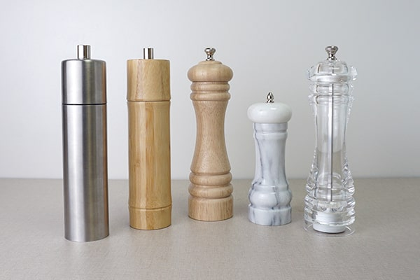 different material of salt and pepper grinders-Holar Blog-Sourcing Salt and Pepper Grinders