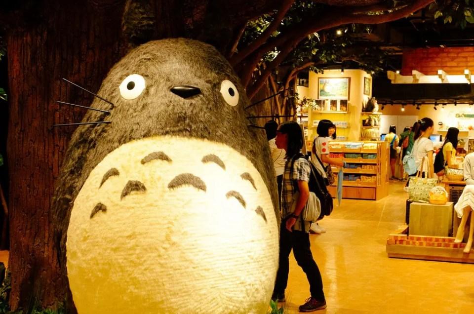 Donguri Republic: Totoro se esconde en un centro comercial