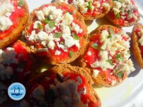 Dakos typical Cretan food how to prepare
