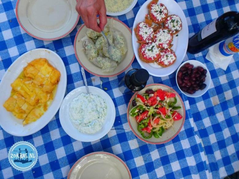 Greek cookbook of Zorbas on Crete 2022