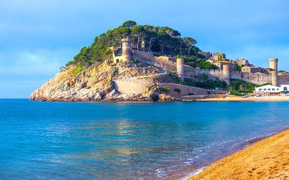 Costa Brava – 4* All Inclusive Summer Holidays Family Deal Just £344pp including Flights, Hotel, 10kg Luggage and Transfer