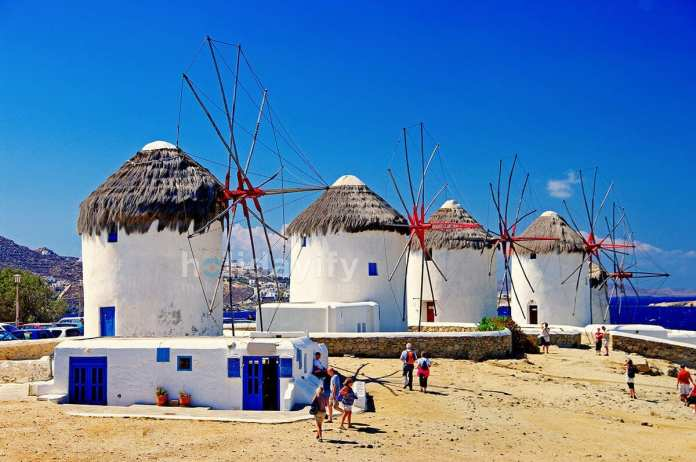 Rarity Gallery, Things to See in Mykonos Town, windmills