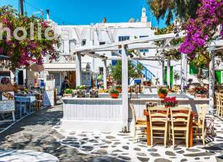 Mykonos Restaurants with a View