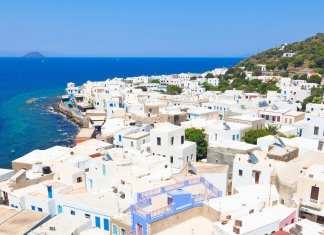 Nisiros Adası, Yunan Adaları