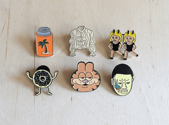 valley-cruise-press-pins