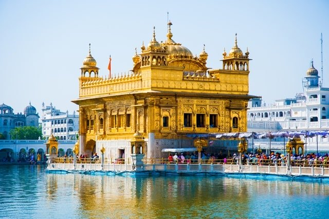 Best Places To Visit In Amritsar: Golden Temple