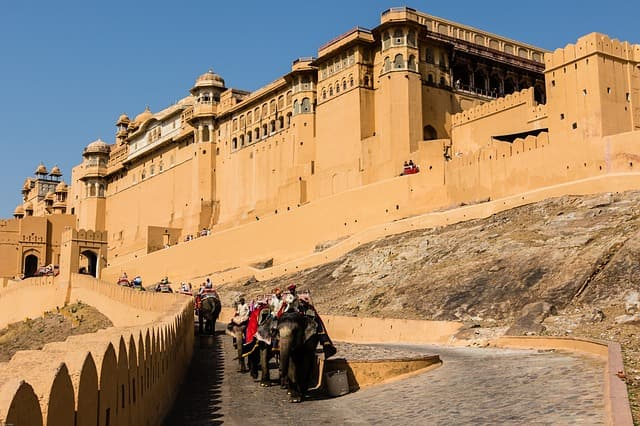 Places To Visit In Jaipur Tourism: Amer Fort And Palace