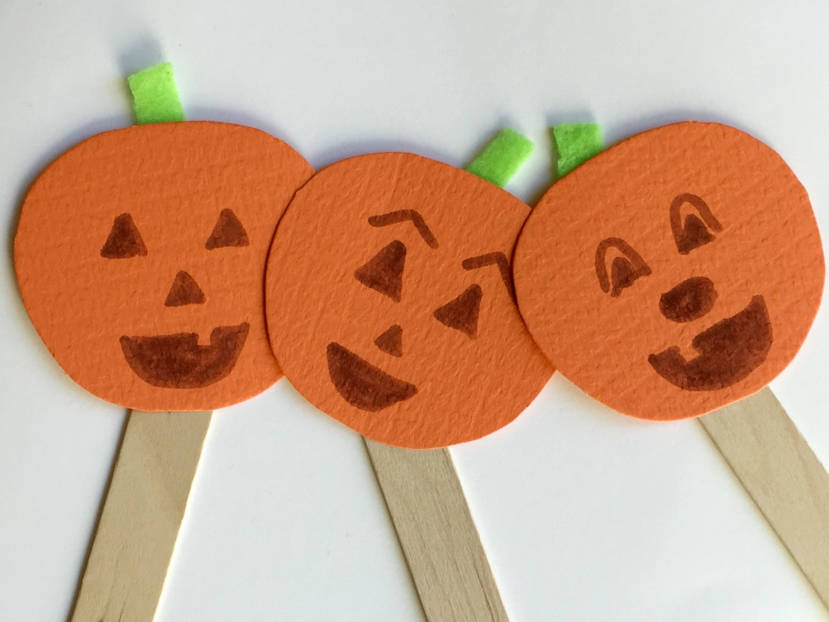 Kids Halloween Pumpkin Puppet Craft