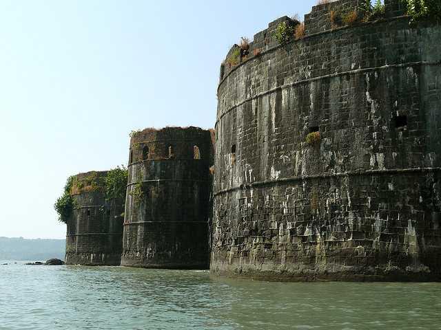Jangira Fort, weekend getaways from mumbai