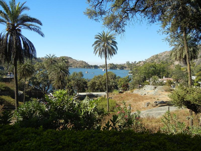 Mount Abu, Places to visit in August in India
