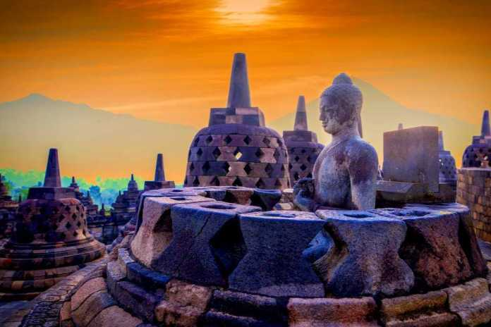 46 Places To Visit In Indonesia Tourist Places In Indonesia Holidify