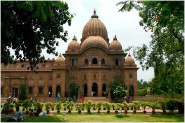 বেলুড় মঠ - স্বামী বিবেকানন্দ প্রতিষ্ঠিত