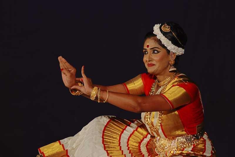Dances of India, Mohiniyattam