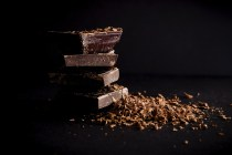 dark chocolate-mood-boosting-food-for-stress