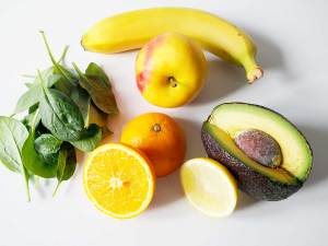 Smoothie Zutaten: Spinat & Obst