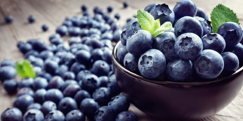blueberries How to prevent and treat kidney problems with food