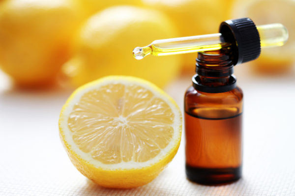10 Top Lemon Essential Oil Uses and Benefits