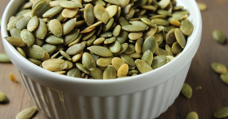 hulled pumpkin seeds Expel intestinal parasites, tapeworms and other worms in three days with this food (Recipe)