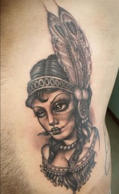 black and gray neo traditioneel tattoo