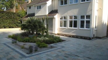 Front garden wow factor
