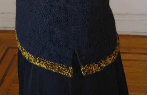 Versio Sweater Hem