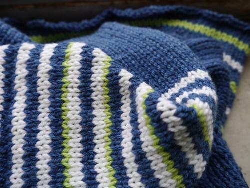 knitting-close-up-2