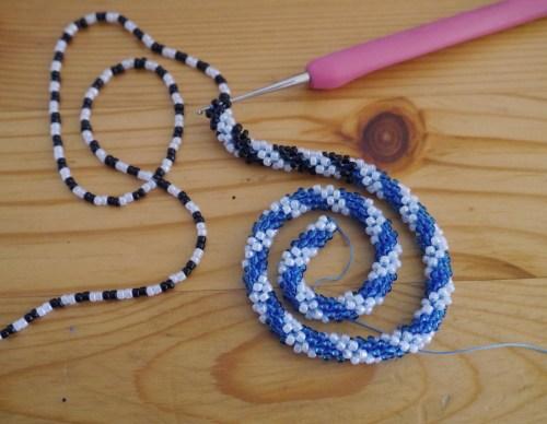 bead-crochet-snake