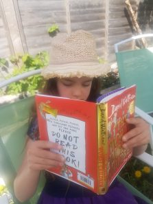 Reading (6)