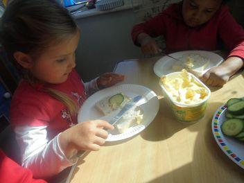 Nursery British values (9)