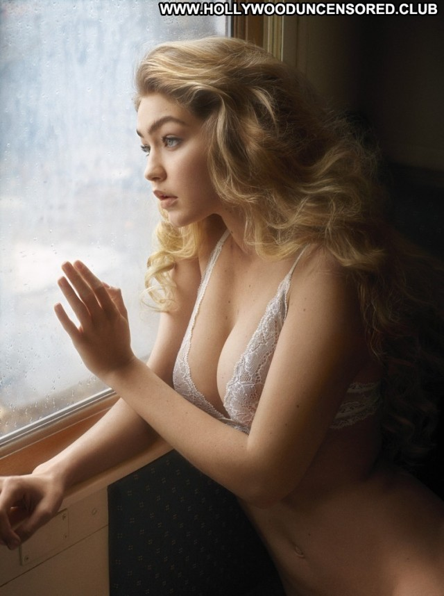 Gigi Hadid Miscellaneous Skinny Medium Tits Blonde Celebrity Sultry