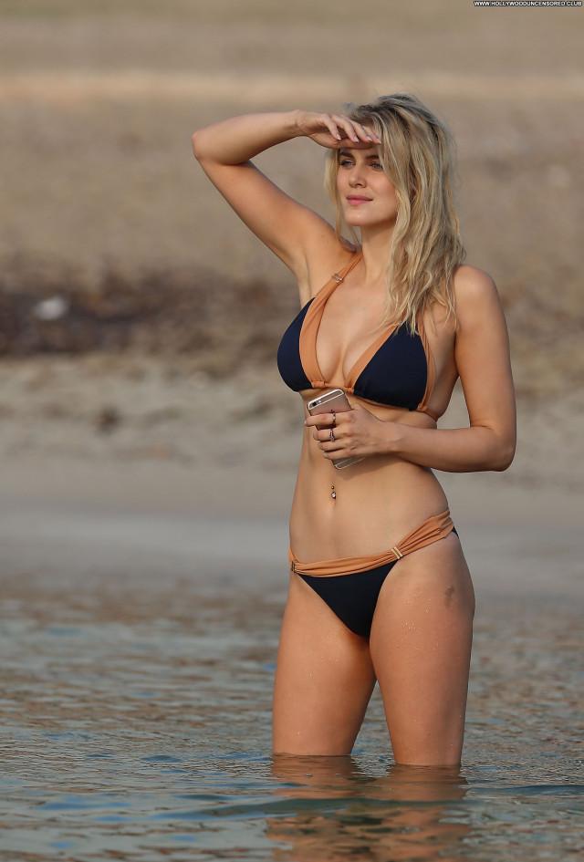 Ashley James The Beach Beautiful Model Posing Hot Babe Celebrity