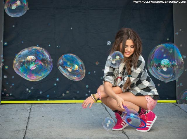 Selena Gomez Babe Photoshoot Posing Hot Beautiful Celebrity Doll