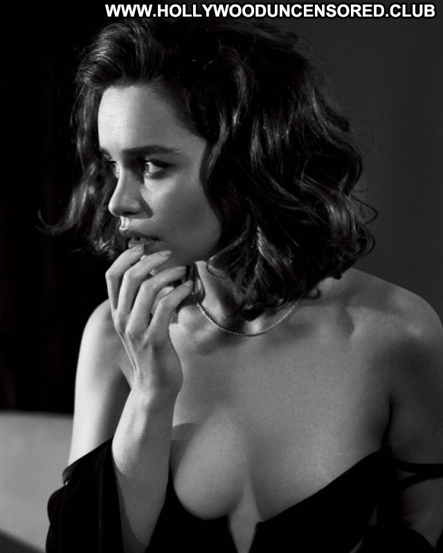 Emilia Clarke From Hell Hot Gay Babe Perfect Live Reality Posing Hot