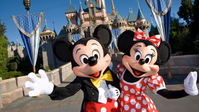 Disney Finds It S Not So Easy To Sue Over Knockoff Characters At Birthday Parties The Hollywood Reporter