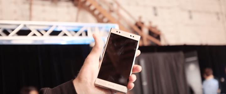 smartphone hologramme