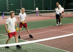Yr 5 tennis 4