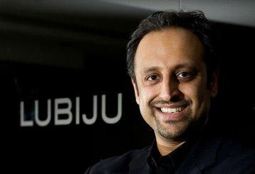 Dental PR photo cosmetic dentist Dr Biju Krishnan