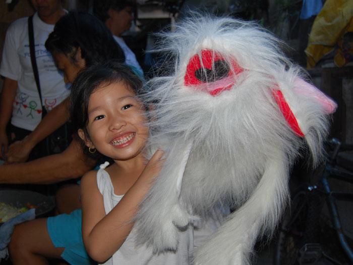 01-DEC-little-girl-puppet