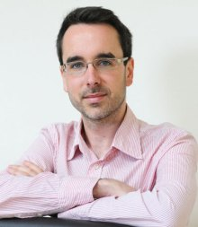 Scottish PR photography headshot of Chris from Queryclick marketing agency