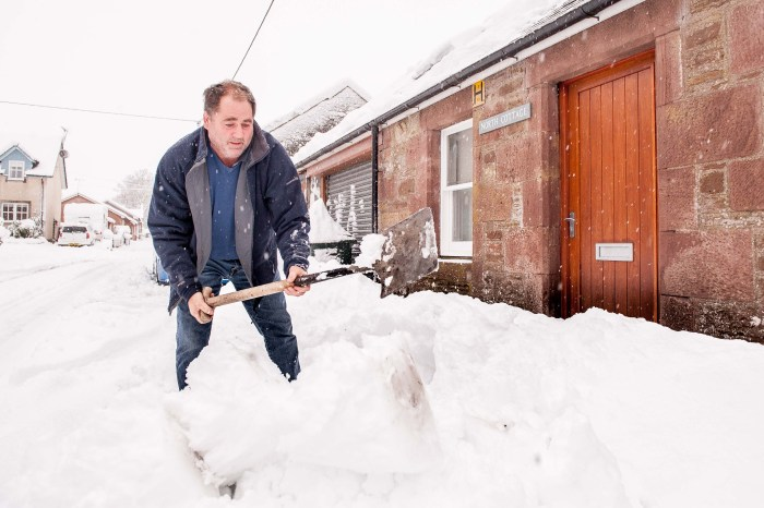 Photo of adverse snowy weather, as part of article about weather-related PR campaigns in Scotland